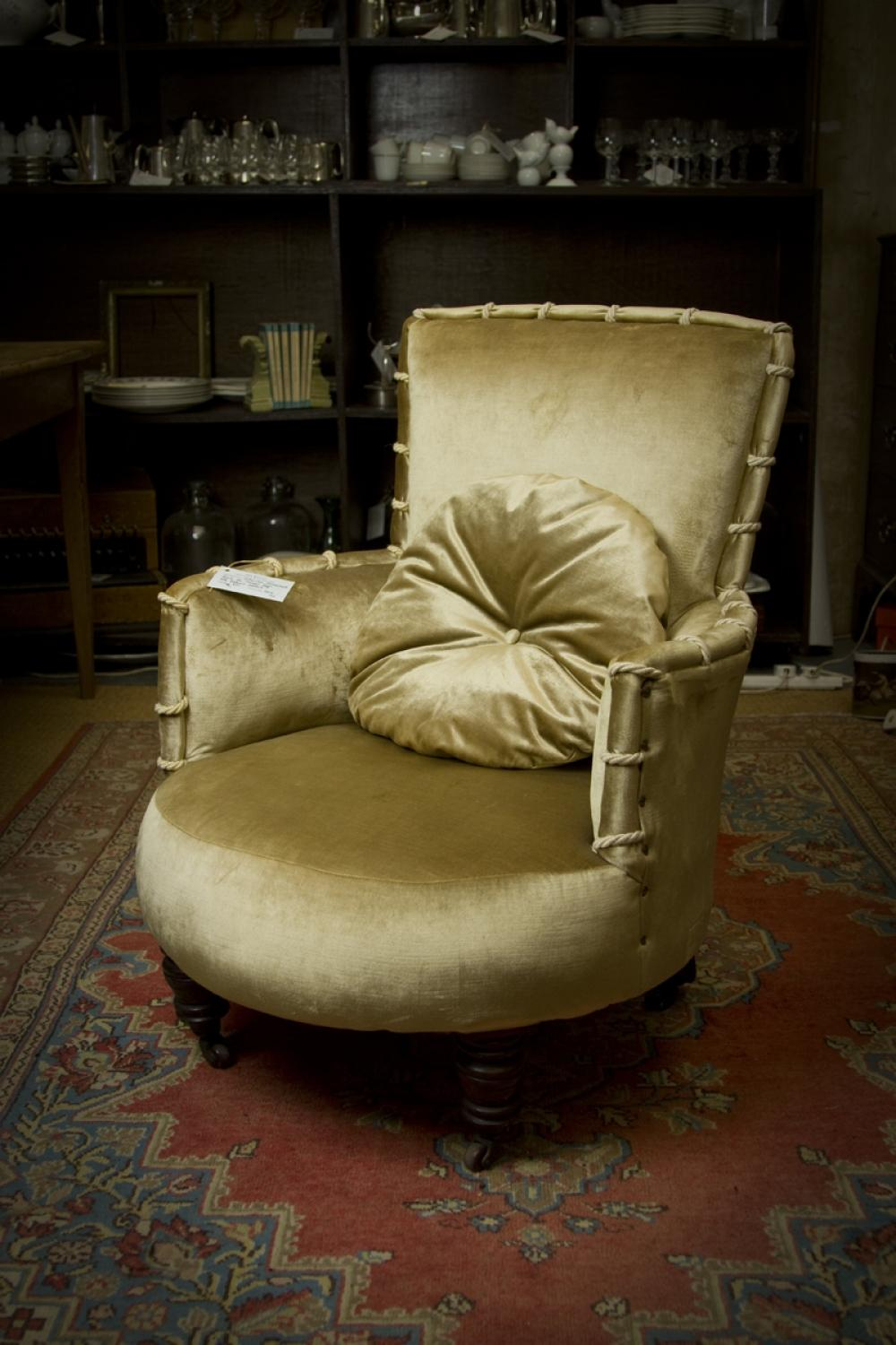 ... Victorian Occasional Chair   Picture 3 ...