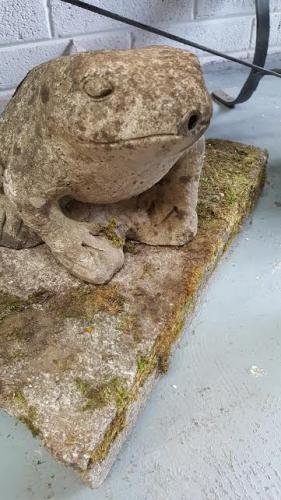 Vintage composite stone garden frog