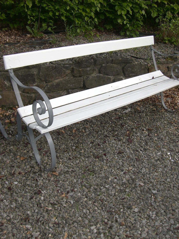 ... Antique Garden Bench   Picture 3