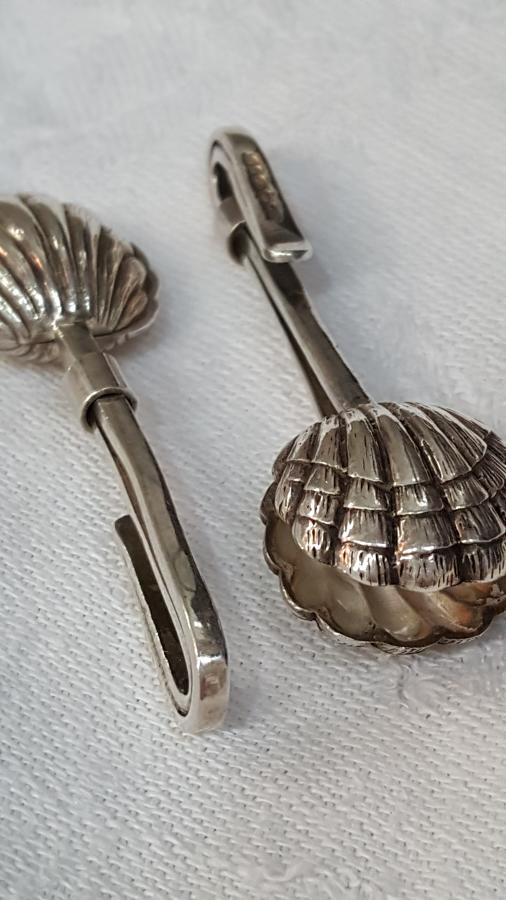 Novelty silver napkin holders