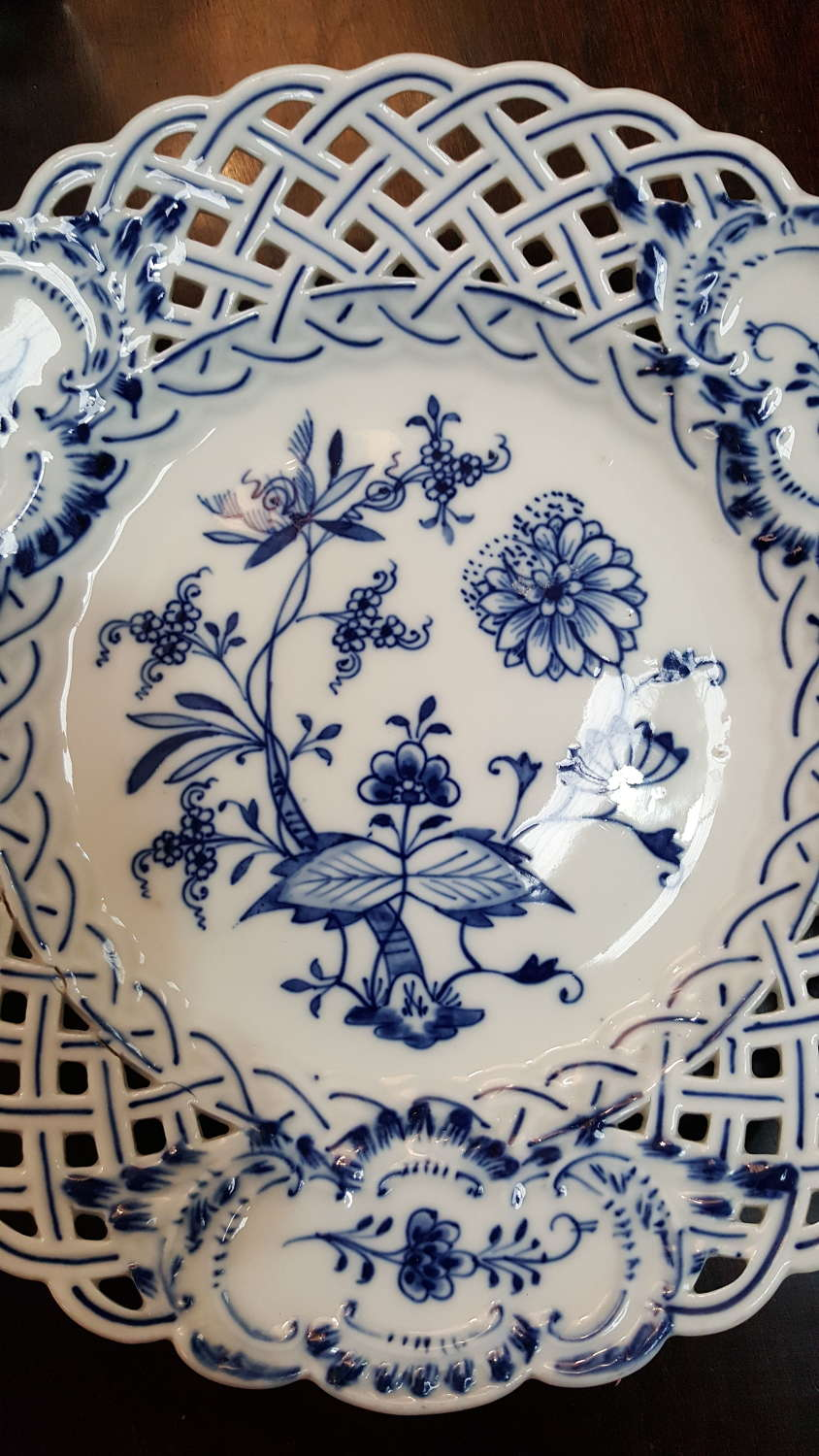 Pair of Meissen blue and white plates
