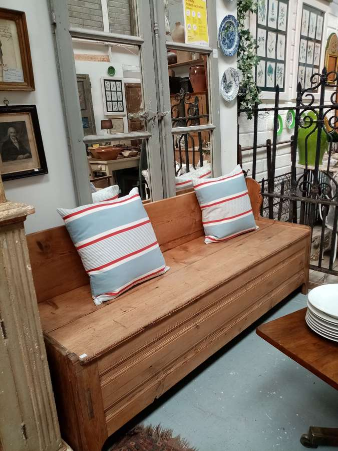 Antique pine settle bench