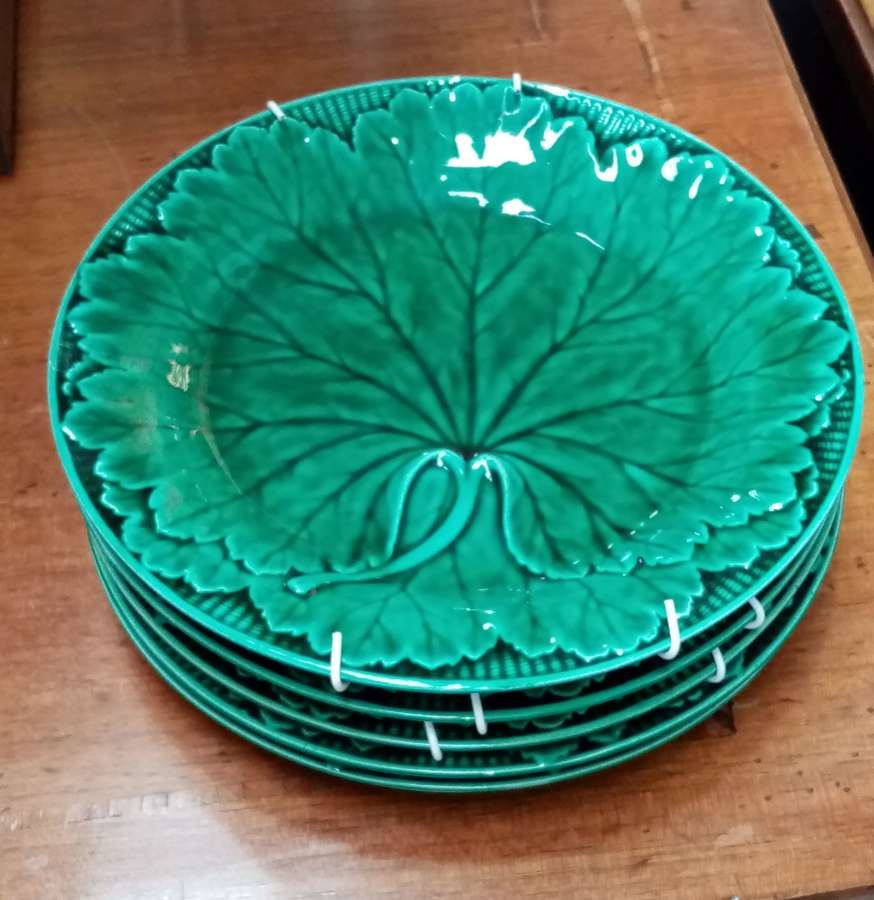 Set of five Wedgwood cabbage plates